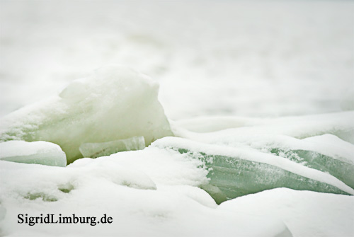 Foto Fotografie zugefrorene Donau mit Eisschollen