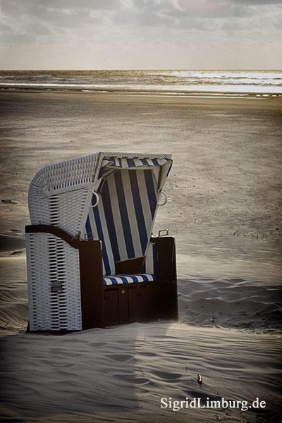 Fotografie Strandkorb am Strand von Juist  © Sigrid Limburg
