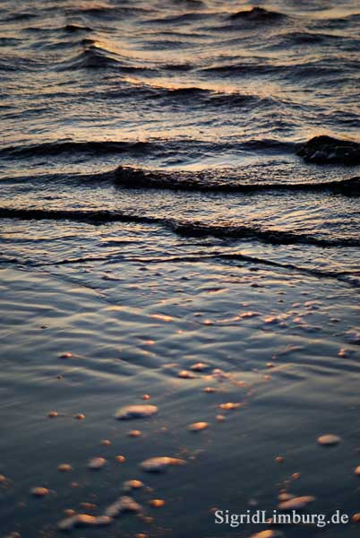 Fotografie Wasser und Wellen am Strand  © Sigrid Limburg
